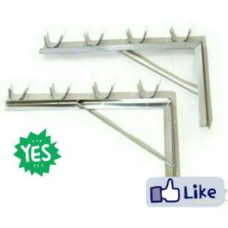 白鐵竹竿架。鐵