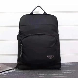 ✈️✈️海外購✈️✈️ Prada男後背包