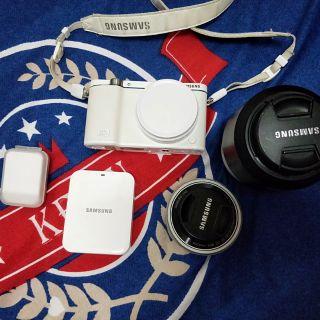微單Samsung nx3300自拍首選(8成新)
