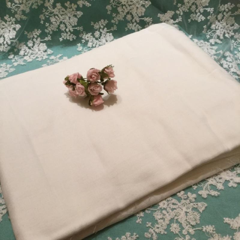 ~娜娜 s閣樓~純棉白色雙層紗布 寶寶尿布 口水巾50~150cm 115元
