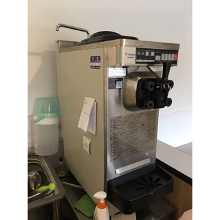 日本nissei na9424霜淇淋機