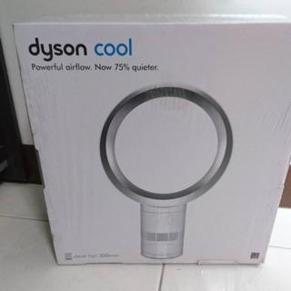 dyson 戴森 氣流倍增氣 desk fan(桌上型風扇)AM06 300mm全新未拆封