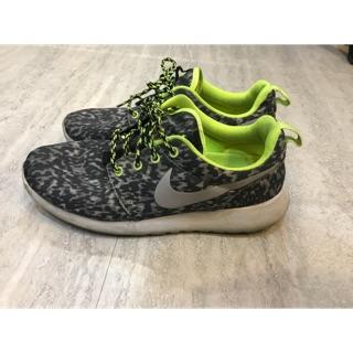 NIKE  專櫃正品 灰豹紋款 慢跑鞋 女鞋24.5號
