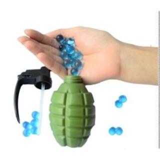 [濛濛家]-激戰超實用 水彈槍專用水彈瓶 手榴彈水槍 (NERF 水晶彈 吸水彈 團康 露營 gopro配件)