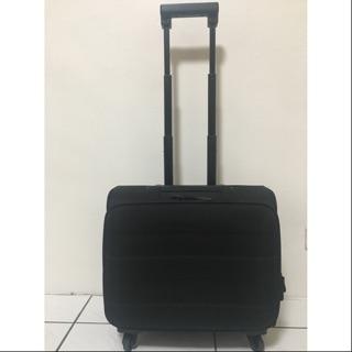 MUJI軟殼行李箱/黑