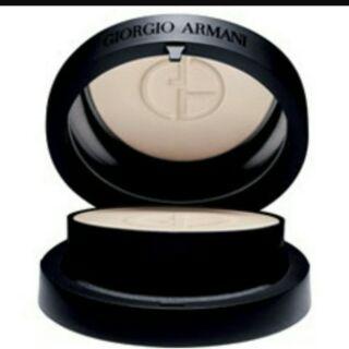 一組1700含盒Giorgio Armani無瑕絲光防曬粉餅SPF34/PA+++