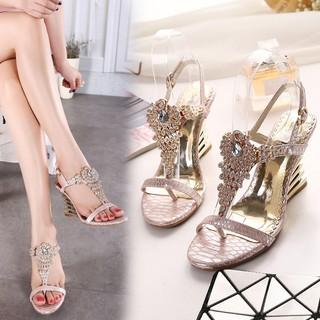 時尚潮流高跟鞋水鉆搭扣夾腳女涼鞋