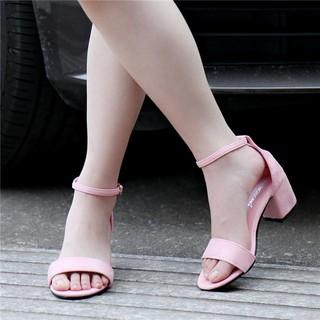 顯瘦一字帶涼鞋女鞋一字低跟涼鞋粗跟百搭
