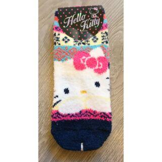 HELLO KITTY 凱蒂貓 彩虹 冬天保暖珊瑚襪 地板襪子半筒 短襪 腳踝 滑雪 保溫瓶 保護套袋~恩恩購物城~