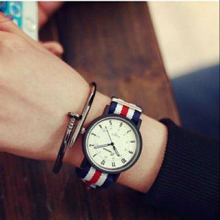 全新轉售 英倫風帆布造型手錶(不含手環)