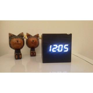 時尚簡約LED聲控木紋時鐘 鬧鐘 溫度計 免運費  限量一個