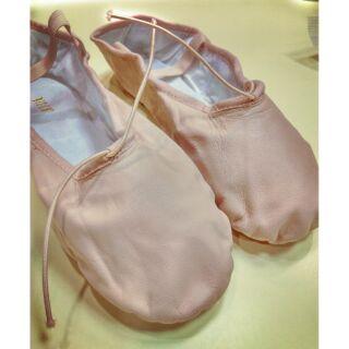芭蕾軟鞋    BLOCH全皮全底軟鞋