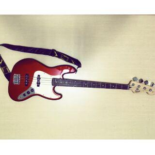 Fender 副廠squier 新手入門四弦Bass附fender 音箱以及Ritter 琴袋