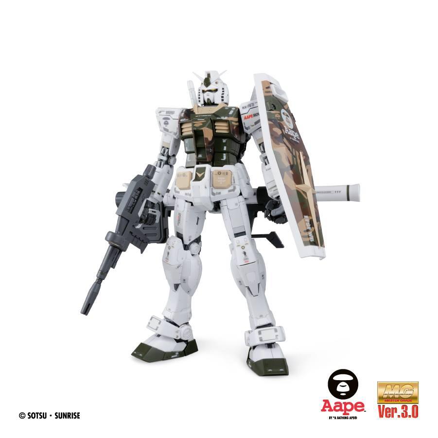 AAPE MG RX-78 2 鋼彈 聯名