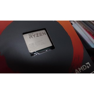 AMD RYZEN 5 R5 1400 AM4 四核心 CPU 3.2~3.4GHz  原廠風扇