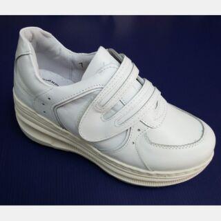 台灣製zobr路豹輕量厚底魔鬼氈真皮女鞋 護士鞋 防滑鞋 小白鞋