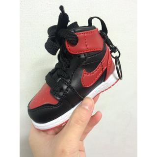 ~ 特價~Air Jordan 1 retro bred 潮流翻玩行動電源 黑紅 fragment 藤原浩