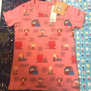 日本Uniqlo購入,Snoopy上衣
