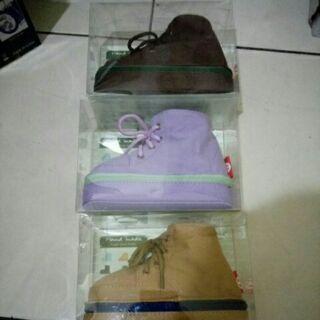馬丁靴筆盒(帆布) (賣場有雜物 DOSS 不見不散 金冠藍芽耳機喇叭 kitty 史迪奇)