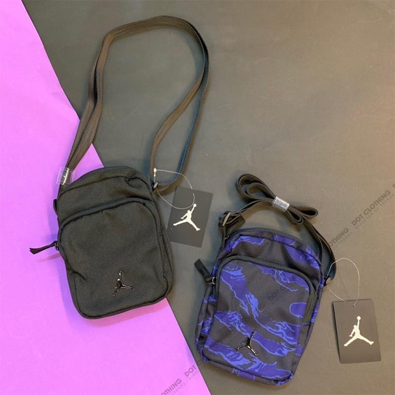 Nike Air Jordan Mini 全黑 金屬 立體LOGO 側背包 方包 男女 9A0070-023
