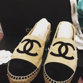 全新 chanel 鉛筆鞋 珍珠米黑 37號