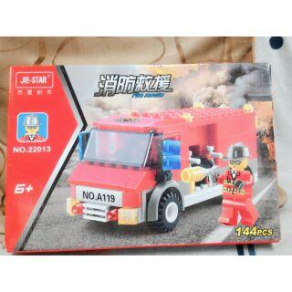 出清積木 樂高式積木 消防車 可組人偶