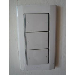 居家室內 水電 維修 修理 裝修 ~ 插座 開關 燈管 燈座