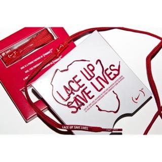 NIKE 愛心公益 對抗愛滋病活動 LACE UP!SAVE LIVES! 推出紅色限量鞋帶