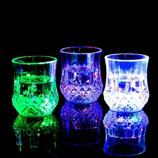 入水亮LED發光酒杯鷺狐水感應七彩夜光變色  感應冷光水杯七彩發光杯 酒吧杯 感應發光杯 倒水就亮 酒杯 酒吧KTV水杯