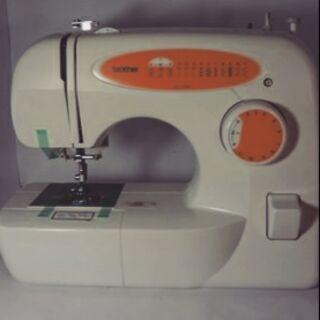 兄弟排縫紉機