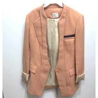 正韓蜜桃粉西裝外套