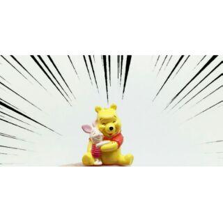 鄧仔小舖-迪士尼維尼小豬擁抱公仔