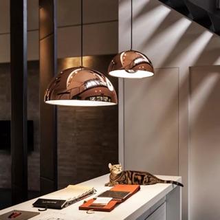 北歐個性餐桌吊燈創意現代簡約鋁材吊燈半圓卧室吧台工業吊燈金色