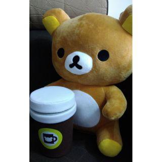 拉拉熊娃娃 拉拉熊玩偶 RILAKUMA咖啡坐姿款玩偶 坐姿拉拉熊 玩偶娃娃 約35cm