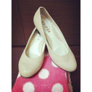 【品品shop】Luzzi高跟鞋
