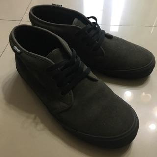 VANS 中筒帆布鞋(麂皮)(軍綠色)