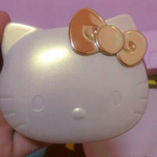 【IBV.18】Hello Kitty 無暇絲滑粉餅