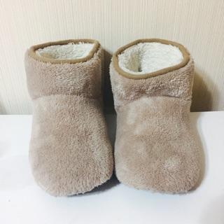 二手轉賣 無印良品 暖纖毛室內短靴 溫暖 毛毛 室內拖 室內靴 短靴 內刷毛 女生24cm內可穿 寒流 保暖 發熱 禦寒