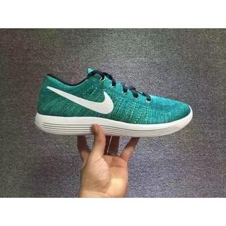 Nike LunarEpic Low Flyknit女款飛線跑步鞋