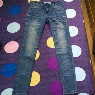 韓版牛仔窄管褲